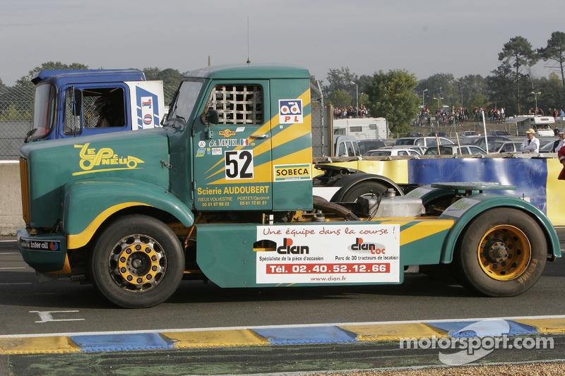 Eclair Vert Toulousain Scania n°52 : Christophe Miquel