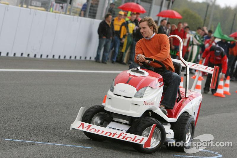 Journée des RP, Mountfield Cup on Tractors : Renger van der Zande