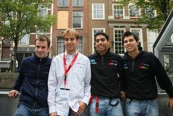 Nicolas Lapierre avec Jeroen Bleekemolen, Salvador Duran et Sergio Pérez