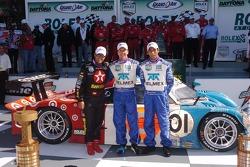 DP Podium: Winnaars Scott Pruett, Juan Pablo Montoya, Salvador Duran