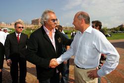 Flavio Briatore, Renault F1 Team, Team Chief, Managing Director and Ron Dennis, McLaren, Team Principal, Chairman