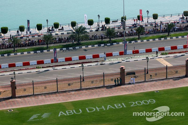 Abu Dhabi Race advertisement