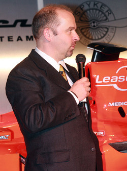 Chief Technical Officer Mike Gascoyne talks about the new car, the Spyker-Ferrari F8-VII