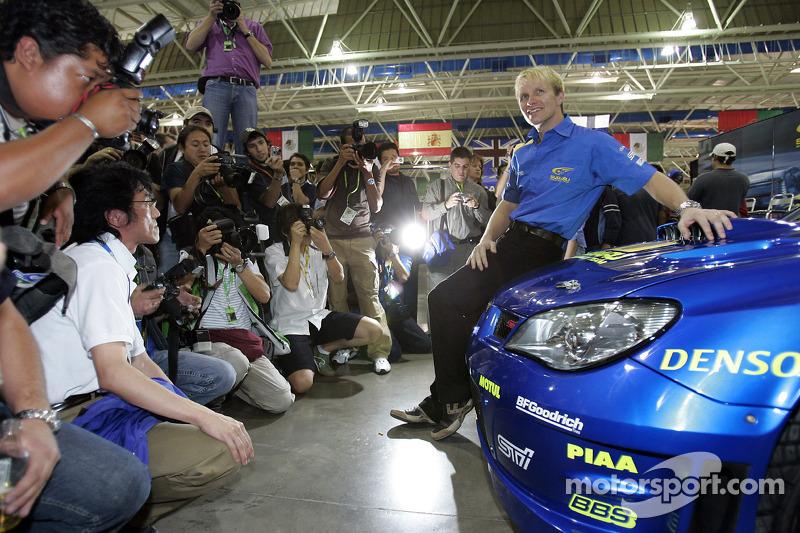 Petter Solberg avec la nouvelle Impreza WRC2007