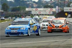 Robert Huff, Team Chevrolet, Chevrolet Lacetti and Tom Coronel, GR Asia, SEAT Leon