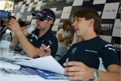 Augusto Farfus, BMW Team Germany, BMW 320si WTCC and Andy Priaulx, BMW Team UK, BMW 320si WTCC