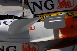 Side Wings of  the Renault R27