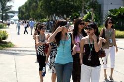 Formula Unas girls: Esther Chew, Sally Wong, Zhang Jia, Cara Chew and Vaune Phan