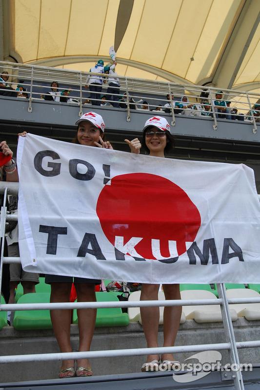 Takuma fans