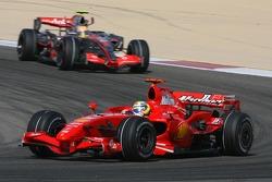 Felipe Massa, Scuderia Ferrari, F2007 und Lewis Hamilton, McLaren Mercedes, MP4-22