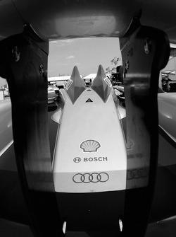Audi Sport North America Audi R10 TDI Power rear wing detail