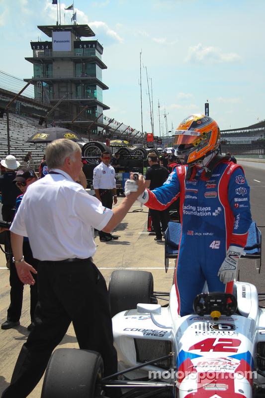 Polesitter Jack Harvey, Schmidt Peterson Motorsports celebrates