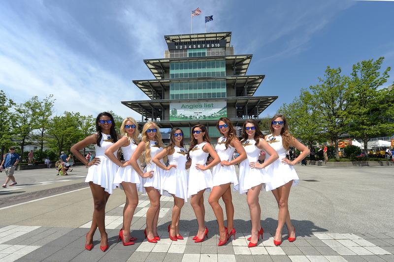 Bezaubernde Girls vom Indianapolis Motor Speedway