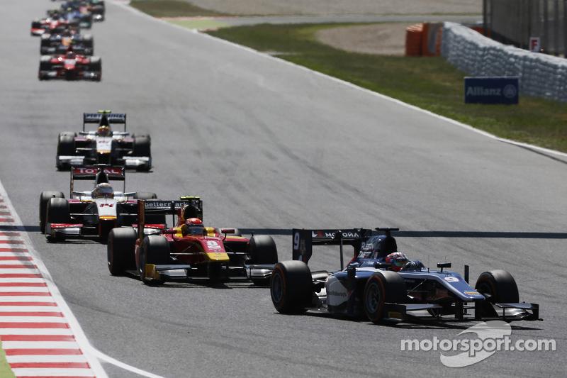Mitch Evans, RUSSIAN TIME, vor Alexander Rossi, Racing Engineering, und Arthur Pic, Campos Racing
