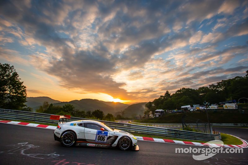 #6 Aston Martin Racing Aston Martin Vantage GT3: Jonathan Adam, Річі Стеневей, Матіас Лауда, Стефан