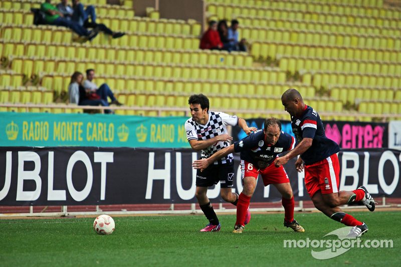 Sergio Perez Sahara Force India F1 di charity football match