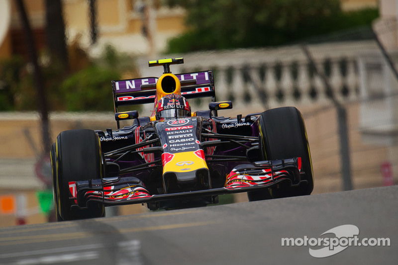 Даниил Квят, Red Bull Racing RB11