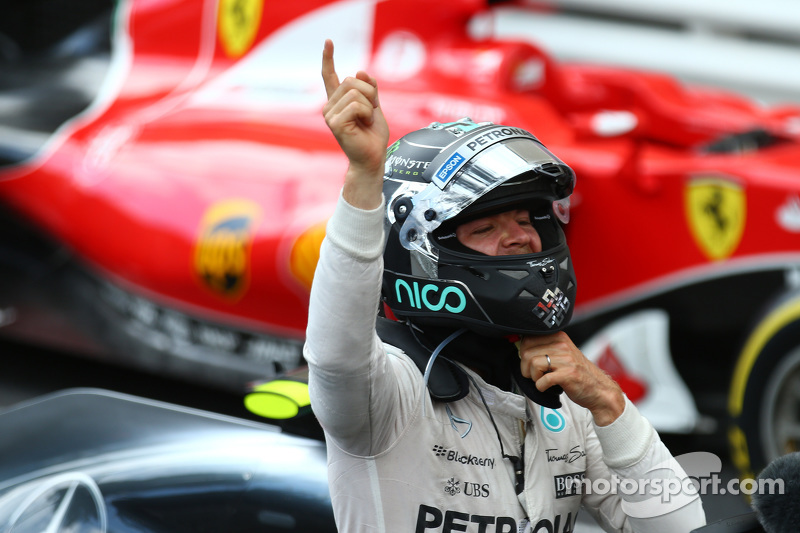 Pemenang balapan, Nico Rosberg, Mercedes AMG F1 W06
