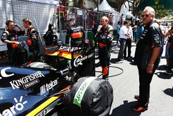 Dr. Vijay Mallya, Sahara Force India F1, Teambesitzer, in der Startaufstellung