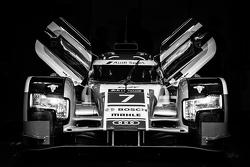 #7 Audi Sport Team Joest Audi R18 e-tron quattro