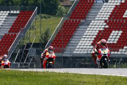 Andrea Iannone, Ducati Team y Marc Márquez, Dani Pedrosa, Repsol Honda Team con Valentino Rossi, Yam