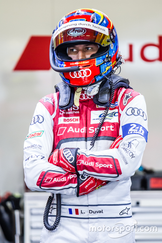 #8 Audi Sport Team Joest Audi R18 e-tron quattro: Лоік Дюваль