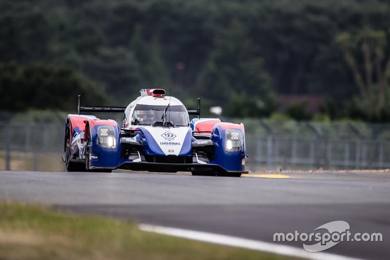 #27 SMP Racing, BR01: Maurizio Mediani, David Markosov, Nicolas Minassian