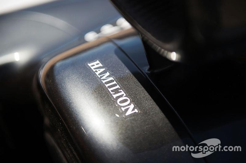 Mercedes AMG F1 W06 Льюїс Хемілтон, Mercedes AMG F1