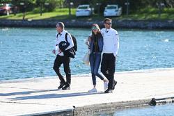 Jenson Button, McLaren, mit seiner Frau Jessica Button
