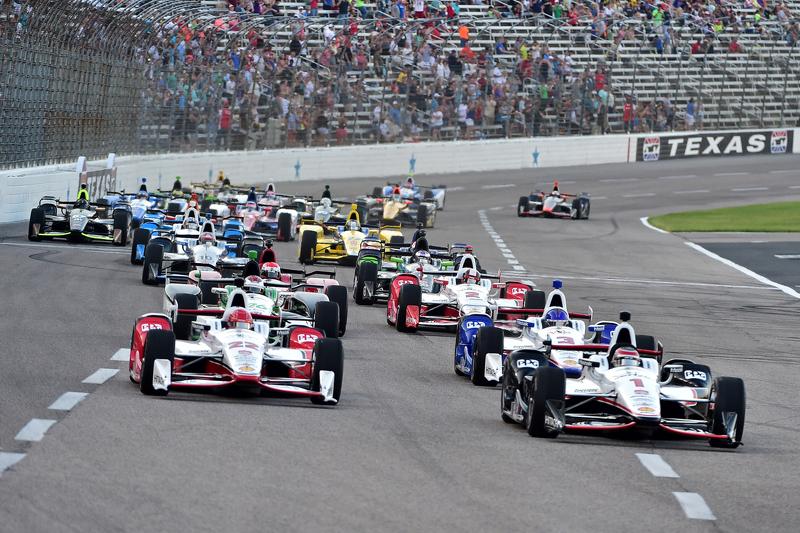 Start: Will Power, Team Penske, Chevrolet, in Führung