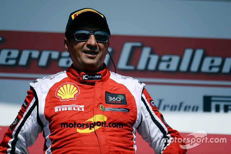 Race winner #8 Ferrari of Ft. Lauderdale