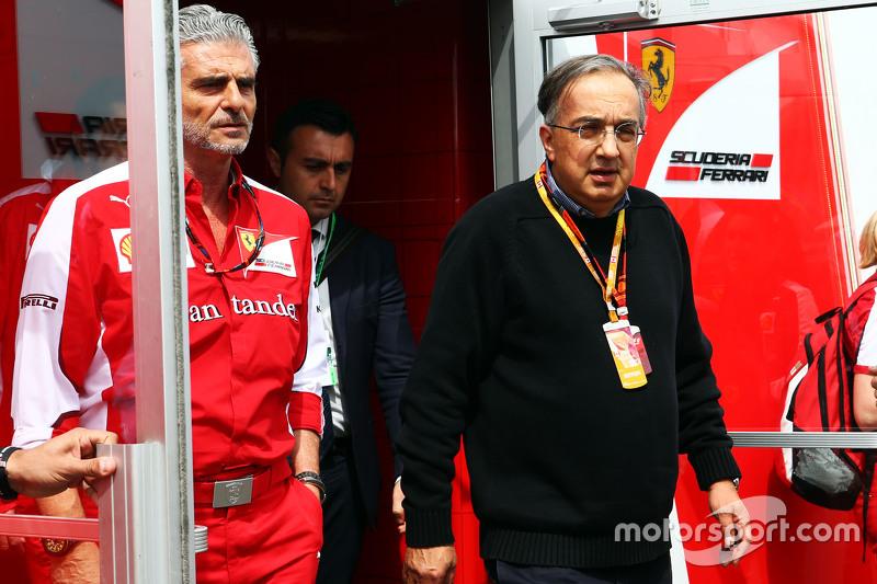 Maurizio Arrivabene, Ferrari-Teamchef, mit Sergio Marchionne, Ferrari-Präsident und Geschäftsführer von Fiat Chrysler Automobiles
