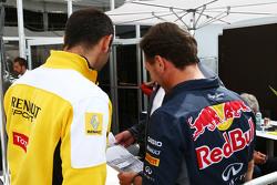 Сирил Абитбуль, управляющий директор Renault Sport F1 с Кристианом Хорнером, руководителем Red Bull