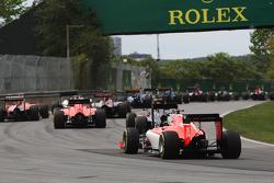 Уилл Стивенс, Manor Marussia F1 Team перед стартом гонки
