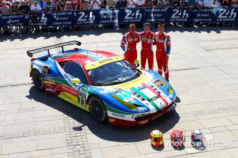 #71 AF Corse, Ferrari 458 GTE: Davide Rigon, James Calado, Olivier Beretta