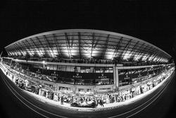 Atmosphäre in der Boxengasse
