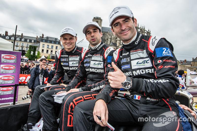 Pole winners #18 Porsche Team Porsche 919 Hybrid: Marc Lieb, Neel Jani and Romain Dumas