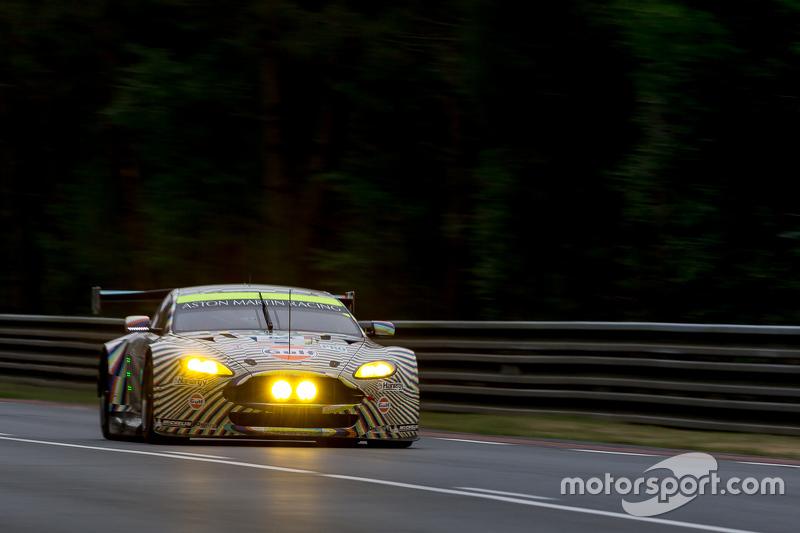 #97 Aston Martin Racing, Aston Martin Vantage GTE: Darren Turner, Stefan Mücke, Rob Bell