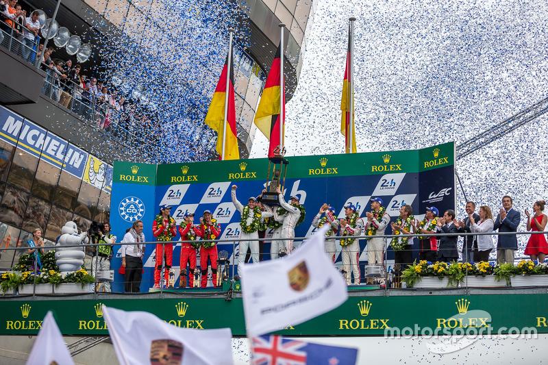 LMP1 podium: class, dan overallJuara balapanPorsche Team: Nico Hulkenberg, Nick Tandy, Earl Bamber,