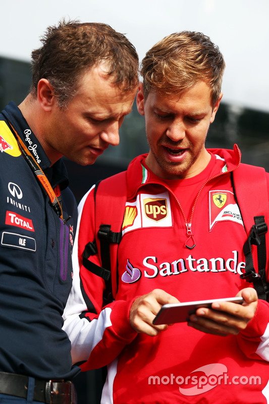 Ole Schack, Red Bull Racing Mechanic with Sebastian Vettel, Ferrari