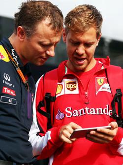 Ole Schack, Red Bull Racing Mechanic with Sebastian Vettel, Ferrari