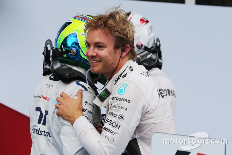 Race winner Nico Rosberg, Mercedes AMG F1 celebrates with team mate Lewis Hamilton, Mercedes AMG F1