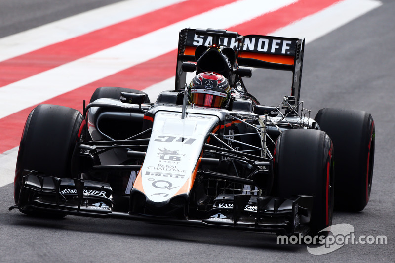 Pascal Wehrlein, Sahara Force India F1 VJM08 Test Driver running sensor equipment