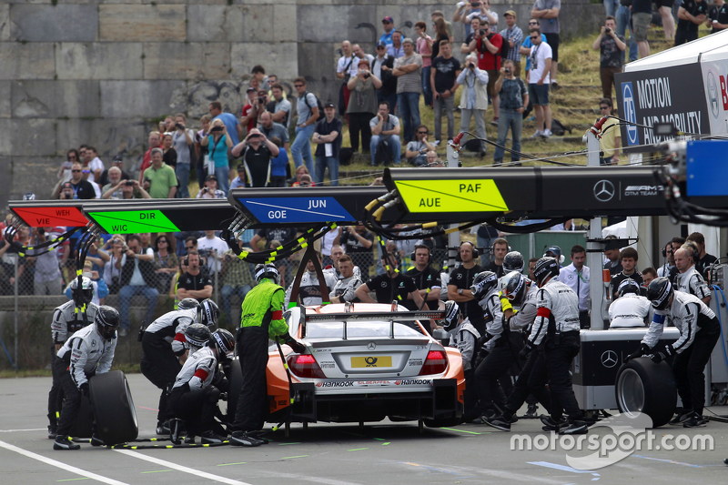Pitstop, Robert Wickens, HWA AG Mercedes-AMG C63 DTM
