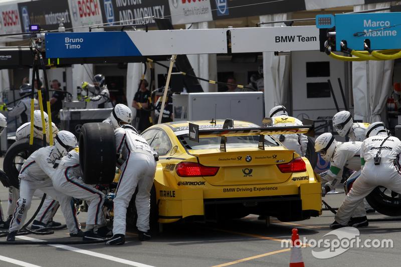 Boxenstopp für Timo Glock, BMW Team MTEK, BMW M3 DTM