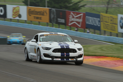 #158 Multimatic Motorsports, Ford Mustang Boss 302R: Jade Buford, Austin Cindric
