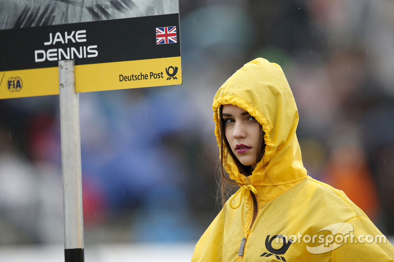 Gridgirl of 2 Jake Dennis, Prema Powerteam Dallara Mercedes-Benz
