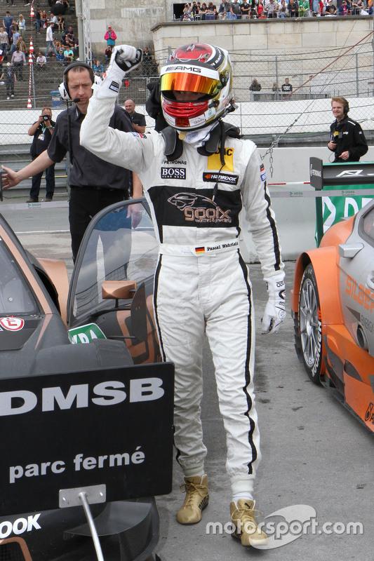 Pemenang balapan, Pascal Wehrlein, HWA AG Mercedes-AMG C63 DTM