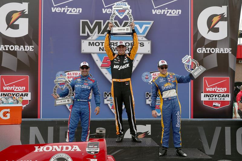 1. Graham Rahal, Rahal Letterman Lanigan Racing; 2. Tony Kanaan, Chip Ganassi Racing, Chevrolet, und