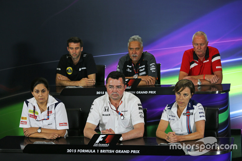 FIA-Pressekonferenz: Matthew Carter, Geschäftsführer Lotus F1 Team; Dr. Vijay Mallya, Besitzer Sahara Force India F1 Team; John Booth, Teamchef Manor F1 Team; Monisha Kaltenborn, Teamchefin Sauber; Eric Boullier, Rennleiter McLaren, und Claire Williams, stellvertretende Teamchefin Williams